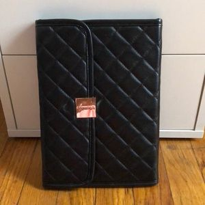 Sephora quilted travel makeup brushes pouch